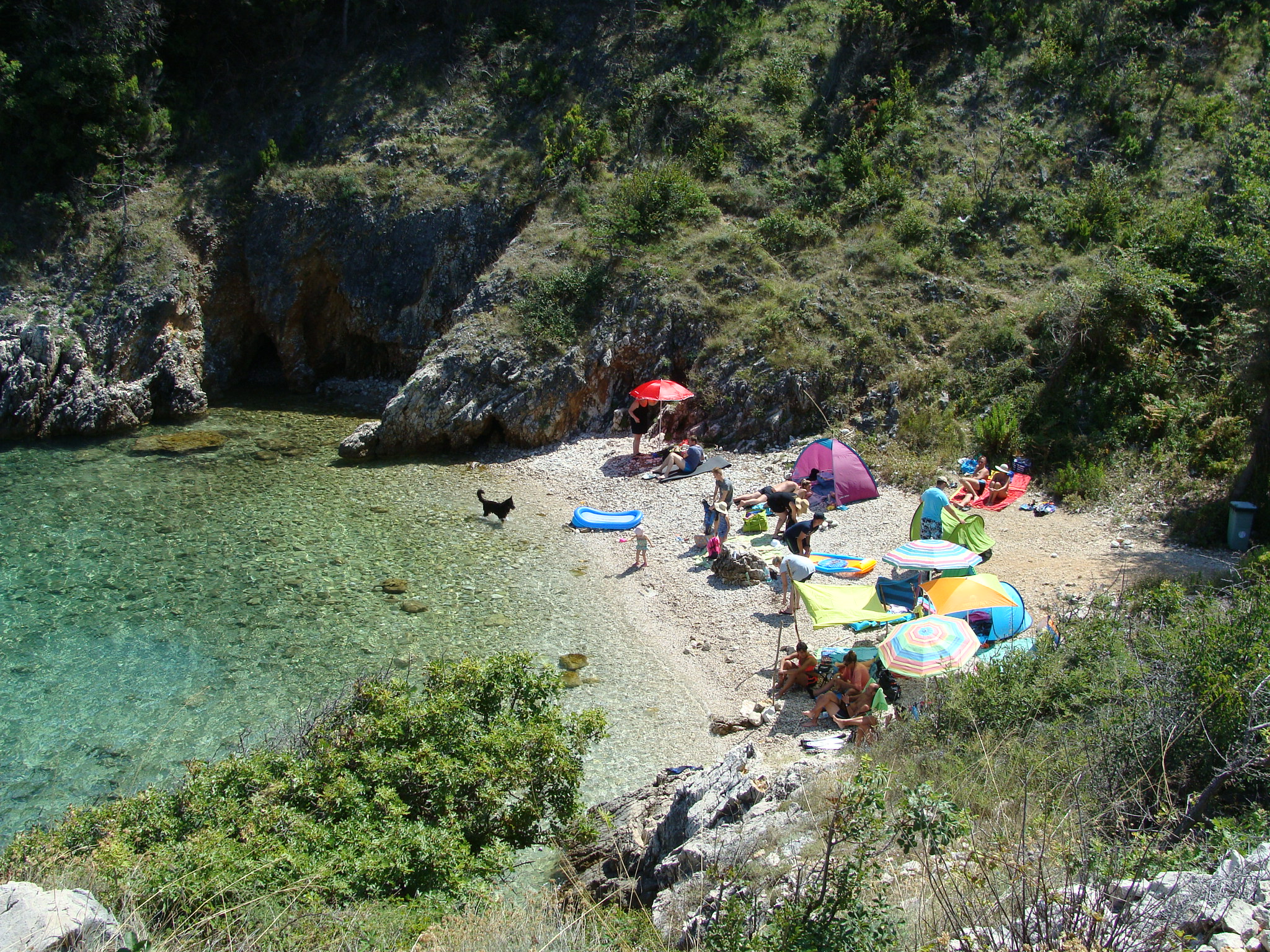 dog beaches mala javna vrbnik